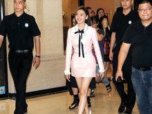 张天爱,粉红短裙,秀美腿,