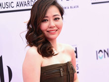 刘亦菲,张靓颖,蛋糕,八卦爆料,国内女明星,