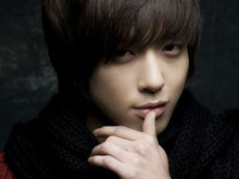 CNBLUE,男團,韓國男團,鄭容和,帥氣,時尚,美男,鄭容和寫真,