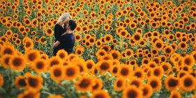 距离产生美:唯美浪漫的情侣人像摄影