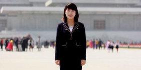 时尚在朝鲜就像犯罪,但姑娘们却把裙子越穿越短
