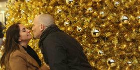 德国:柏林街头张灯结彩迎接圣诞节