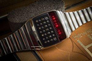 惠普智能手表HP-01曝光:更具高大上气质的计算器