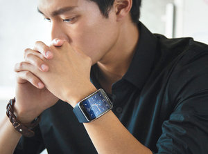 三星Tizen系统Gear S智能手表和Circle耳机赏析