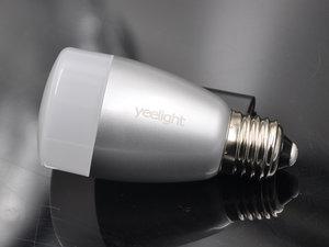 打造多彩家庭空间 yeelight智能灯泡高清图评