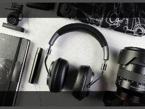 Bowers & Wilkins PX无线主动降噪耳机图赏