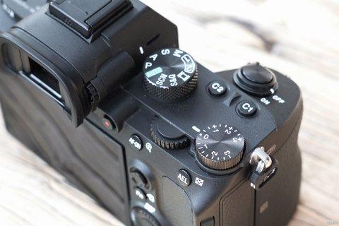 全画幅新基准 索尼全画幅微单A7M3微单外观图赏6