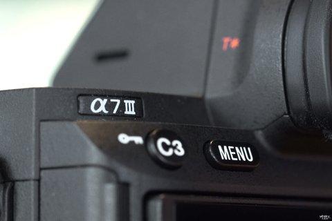 全画幅新基准 索尼全画幅微单A7M3微单外观图赏10