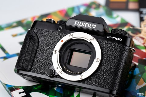 三向翻折时尚一拍 富士X-T100时尚无反相机图赏10