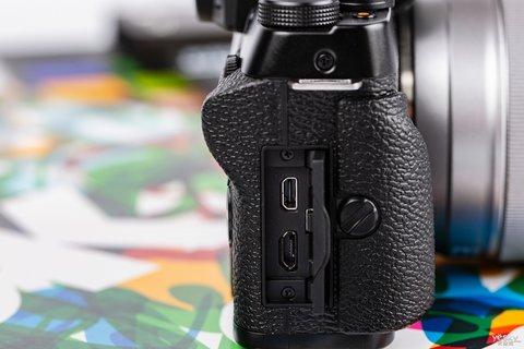 三向翻折时尚一拍 富士X-T100时尚无反相机图赏15