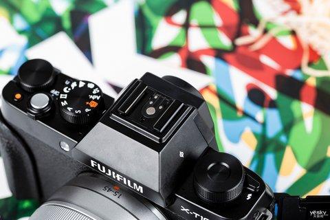 三向翻折时尚一拍 富士X-T100时尚无反相机图赏19