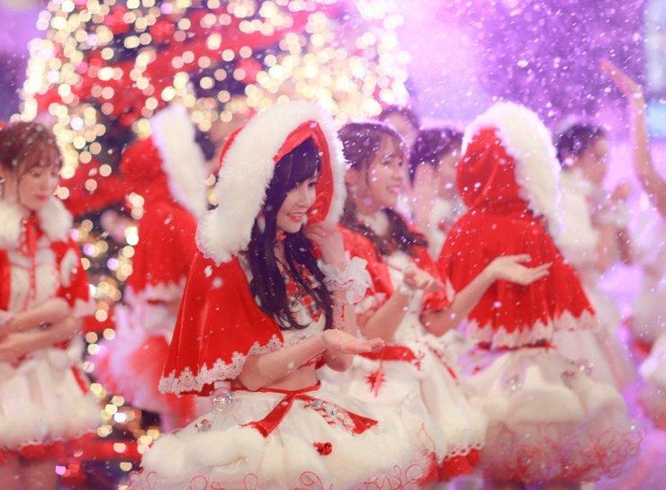 SNH48零下10度拍MV 露雪肌蛮腰美丽冻人