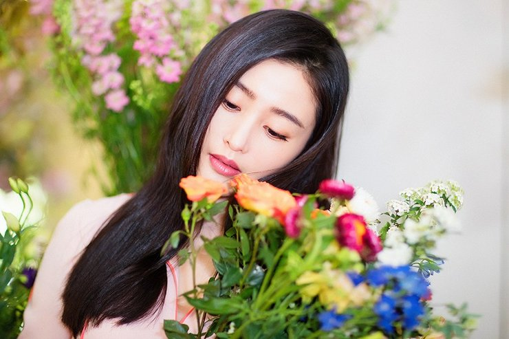 张天爱新片展香草系女生魅力