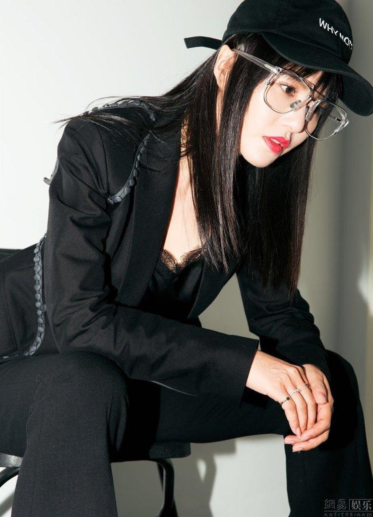 谭维维再获双奖 年度最佳女歌手实至名归