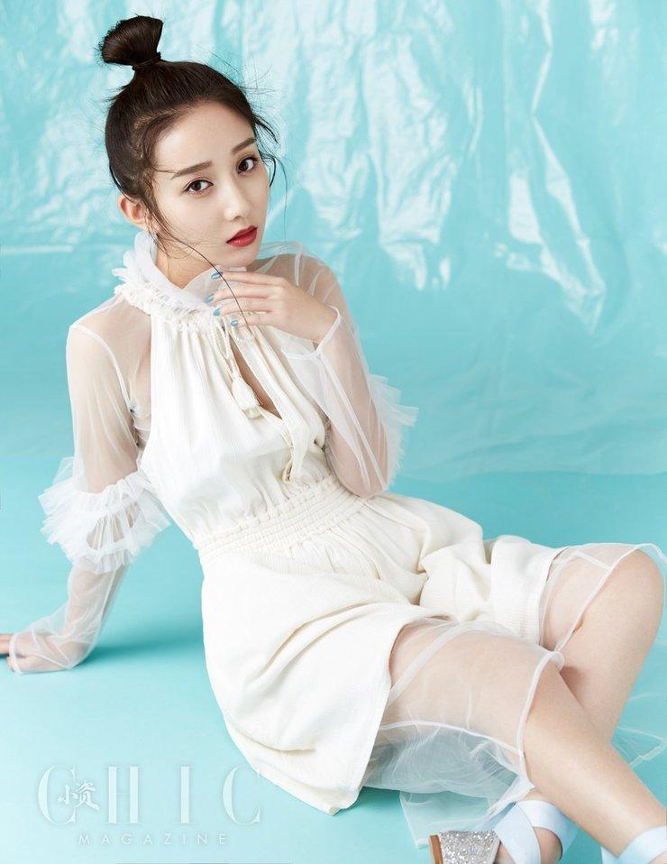 陈梦瑶全新大片 个性造型灵动时尚