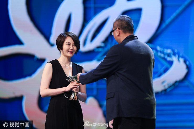 白玉兰奖张译获最佳男主角奖 殷桃获最佳女主角奖
