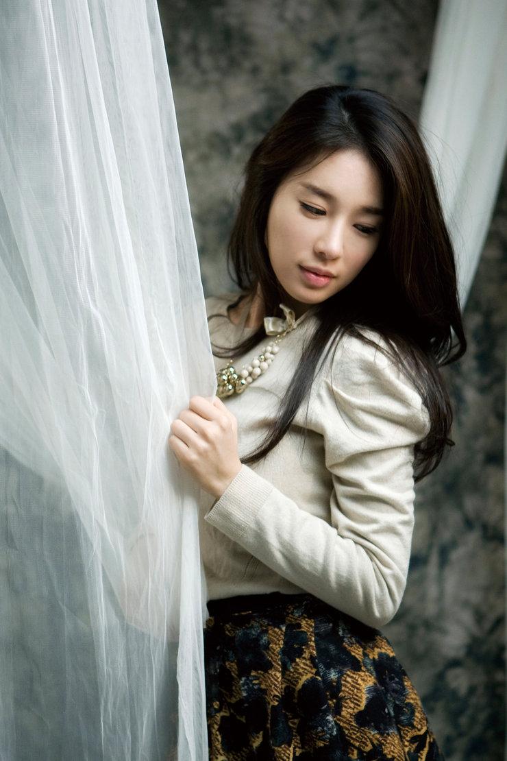 刘仁娜气质写真 优雅造型让人过目不忘