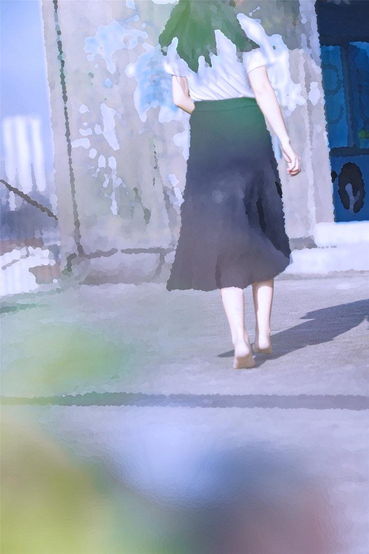 小清新美外拍 镜头下的她甜得可爱