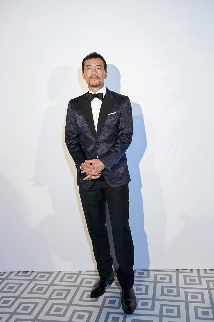 廖凡戛纳出席时尚活动以正装亮相 中国绅士显风度