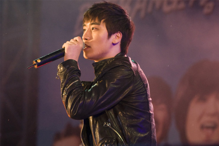 BIGBANG演唱会高潮迭起 狂High不眠夜