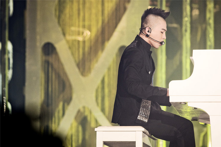 BIGBANG演唱会帅气照片 还不快来收藏!