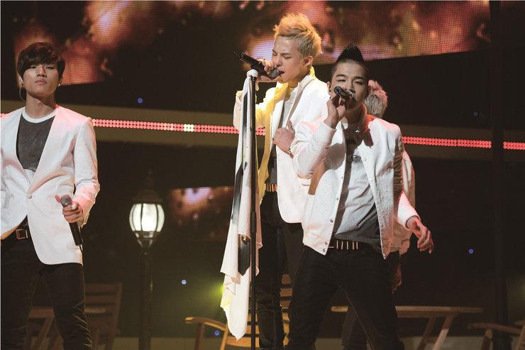 BIGBANG演唱会近万人满场 新老曲目燃爆舞台