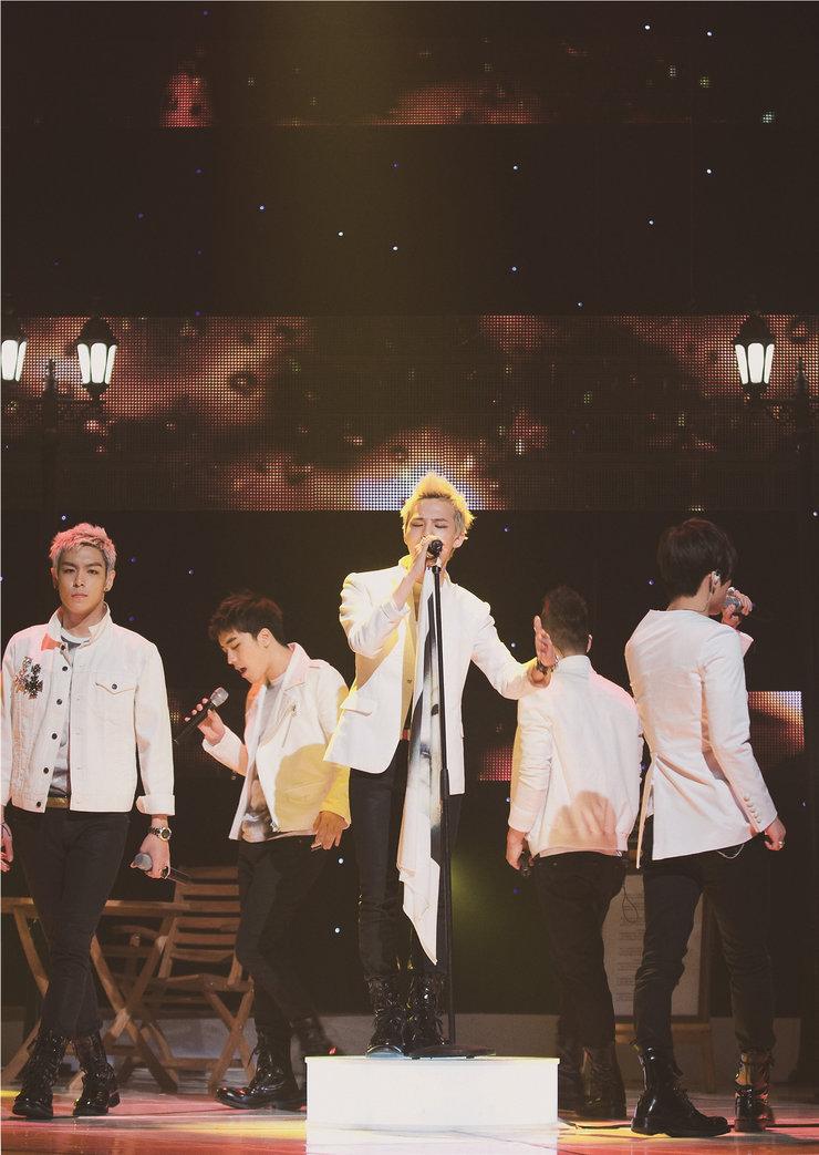 BIGBANG演唱会首尔开唱 终极狂欢回馈粉丝